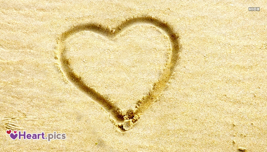 Beach Heart Images, Pictures, Wallpapers