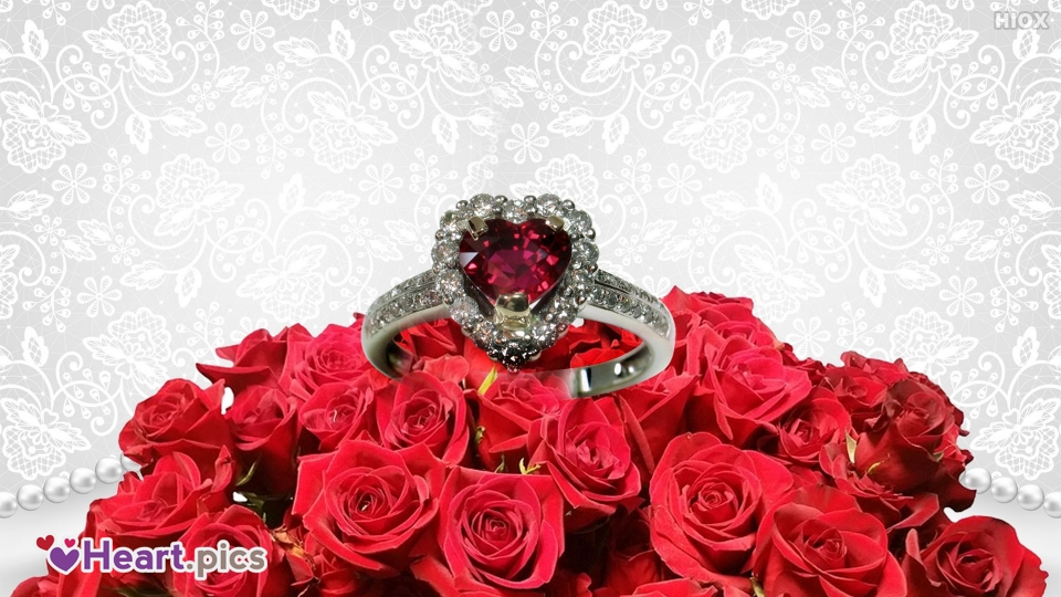 Engagement Ring Love Heart Images, Pictures