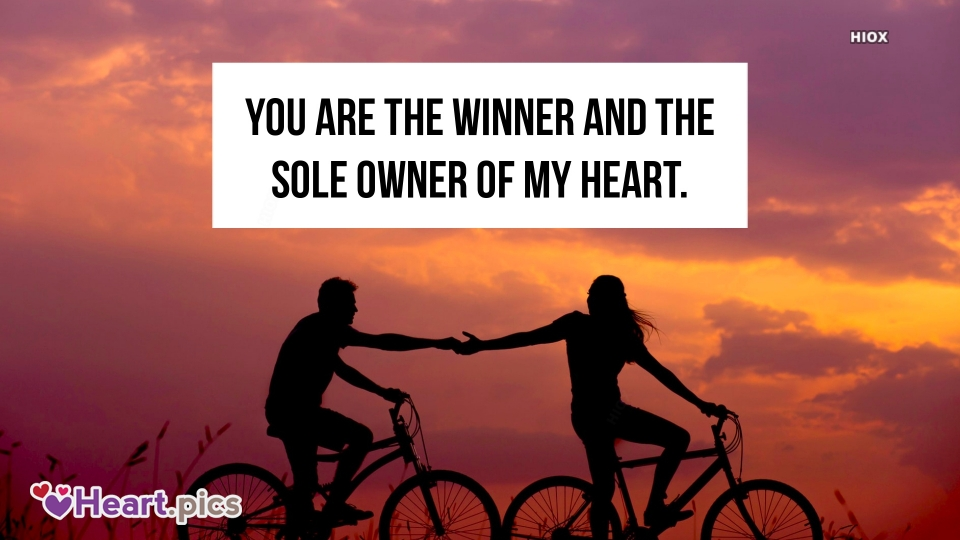Love Quotes with Cute Lovers Image